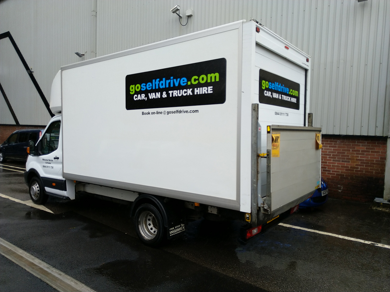 b2cf45640e Luton Van with Tail Lift Hire for Frome
